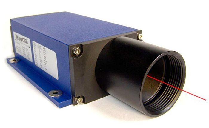حساس قياس المسافة بالموجات  فوق الصوتية